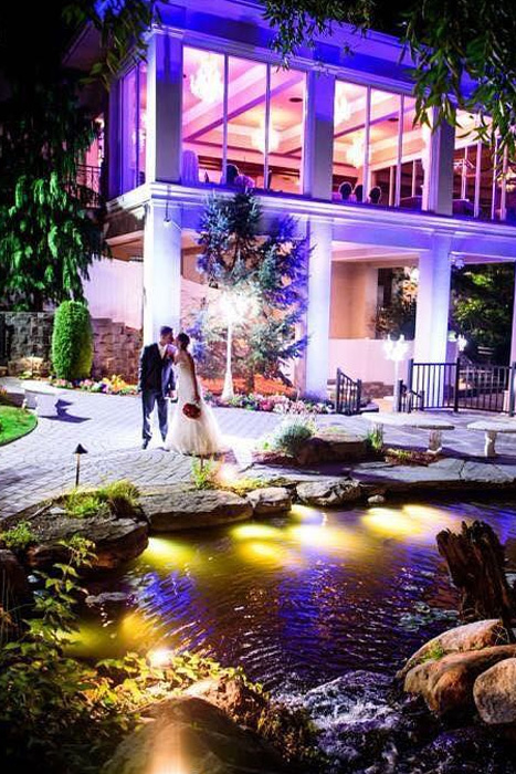 Valley Regency For More Than 25 Years The Valley Regency Has Provided A Luxurious Setting For Distinctive Weddings And Special Occasions